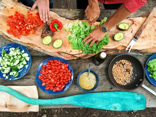 Health Cooking: The Significance Of Preparing Good Food For Your Family